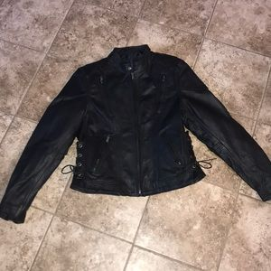 Classic Leather Gear First